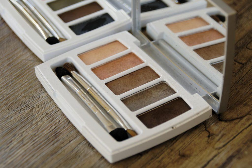 cosmetics-2097498_1280