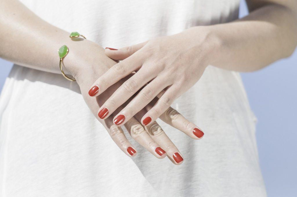 hands-1751637_1280