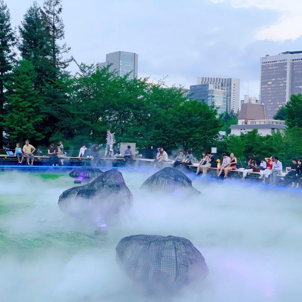 夏の夕涼み@ミッドタウン六本木の光と霧のデジタル庭園